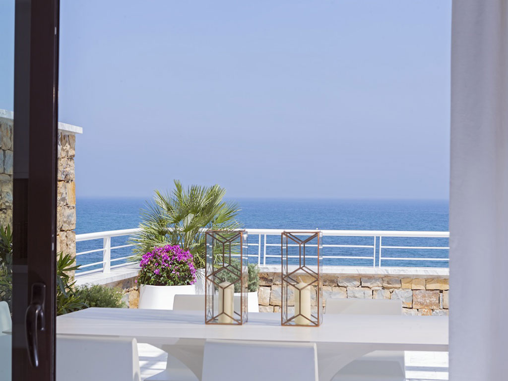 beachfront property spain