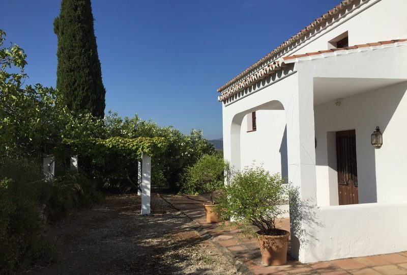 Gaucin property for sale: Pool and Garden