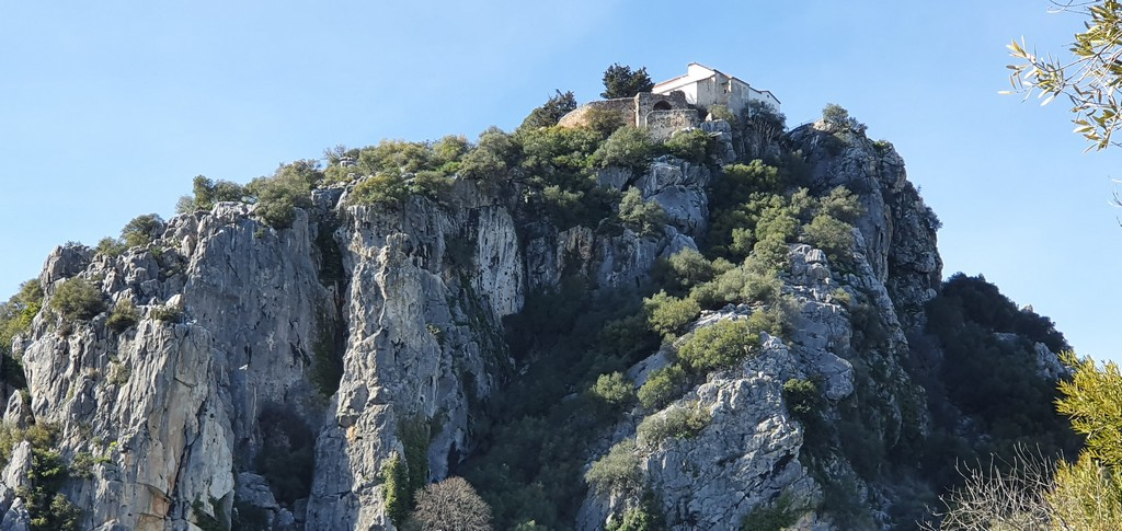 country property for sale Gaucin behind castle