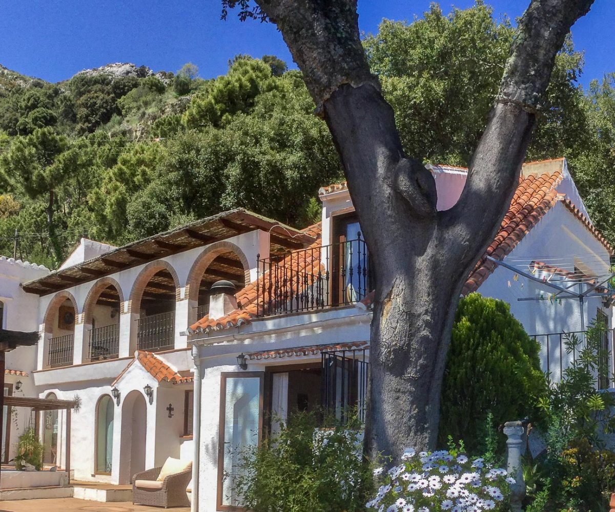 country property casares